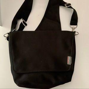 Espirit Black Medium Messenger Crossbody Bag
